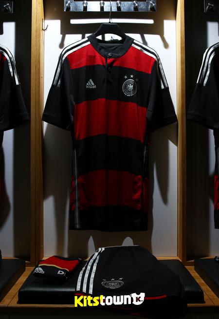 德国国家队2014世界杯客场球衣 © kitstown.com 球衫堂