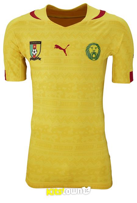 喀麦隆国家队2014世界杯主客场球衣 © kitstown.com 球衫堂