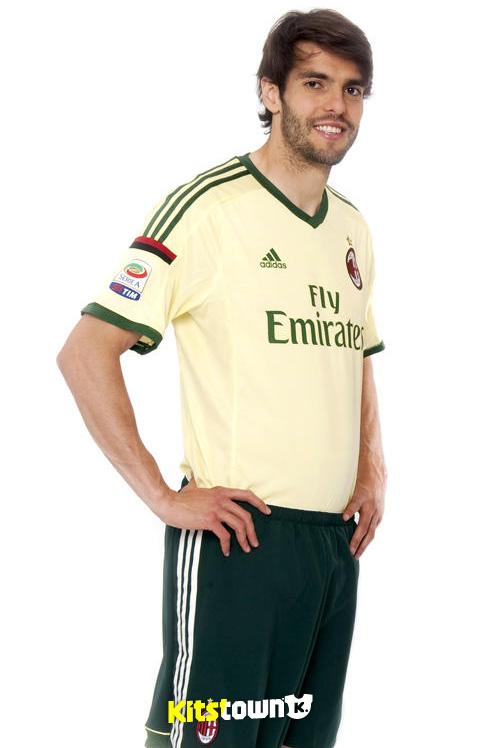 AC米兰2014-15赛季第二客场球衣 © kitstown.com 球衫堂