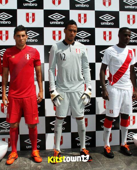 秘鲁国家队2014-15赛季主客场球衣 © kitstown.com 球衫堂
