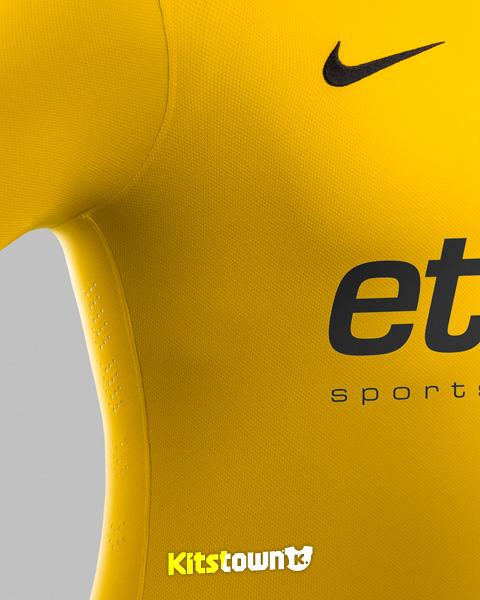 里尔2014-15赛季主客场球衣 © kitstown.com 球衫堂