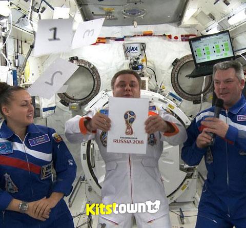 2018年俄罗斯世界杯官方会徽揭晓 © kitstown.com 球衫堂