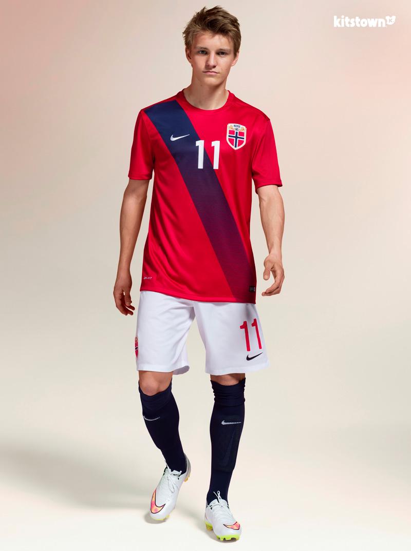 挪威国家队2015-16赛季主客场球衣 © kitstown.com 球衫堂