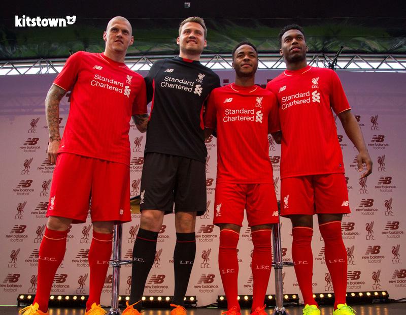 利物浦2015-16赛季主场球衣 © kitstown.com 球衫堂