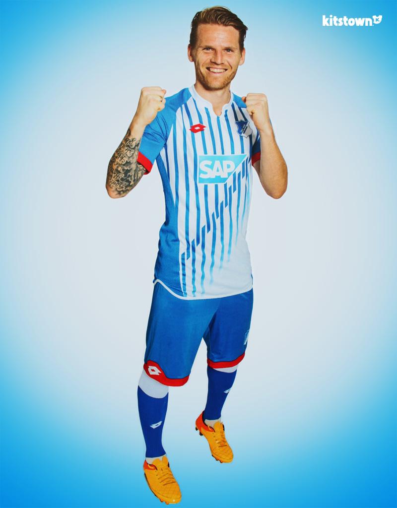 霍芬海姆2015-16赛季主场球衣 © kitstown.com 球衫堂