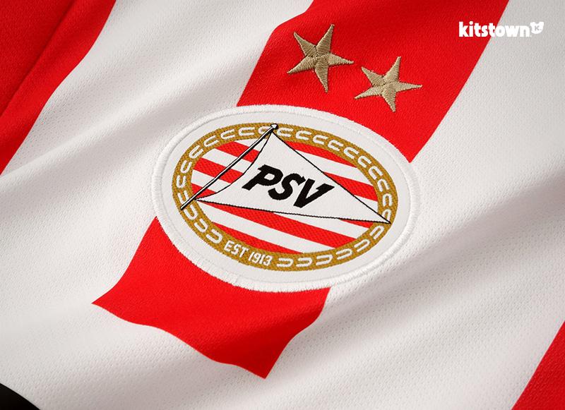埃因霍温2015-16赛季主客场球衣 © kitstown.com 球衫堂