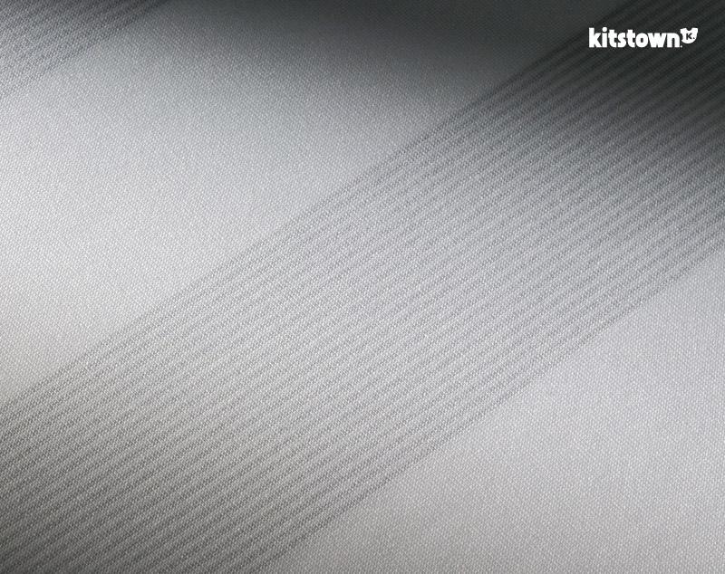 沙尔克04 2015-16赛季客场球衣 © kitstown.com 球衫堂