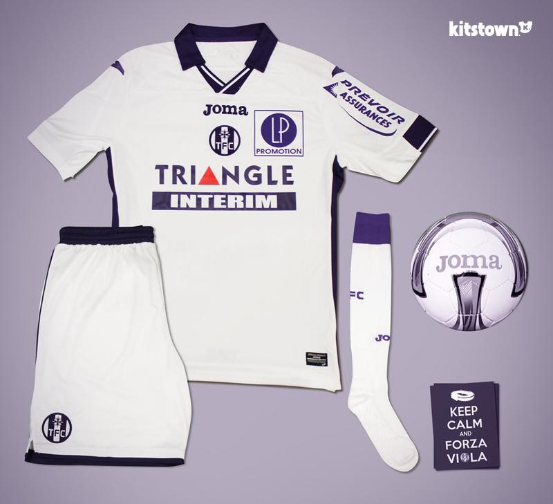 图卢兹2015-16赛季主客场球衣 © kitstown.com 球衫堂