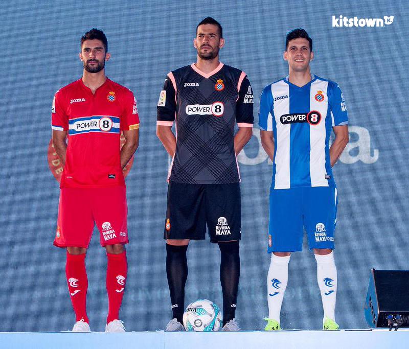西班牙人2015-16赛季主客场球衣 © kitstown.com 球衫堂