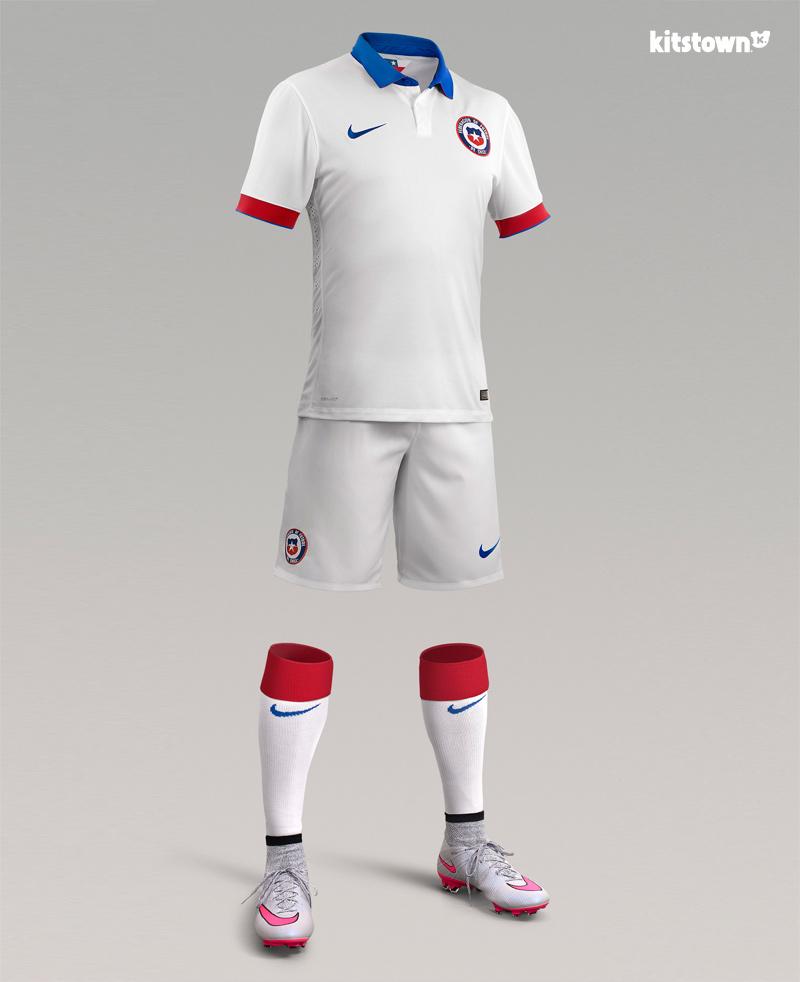 智利国家队2015-16赛季主客场球衣 © kitstown.com 球衫堂
