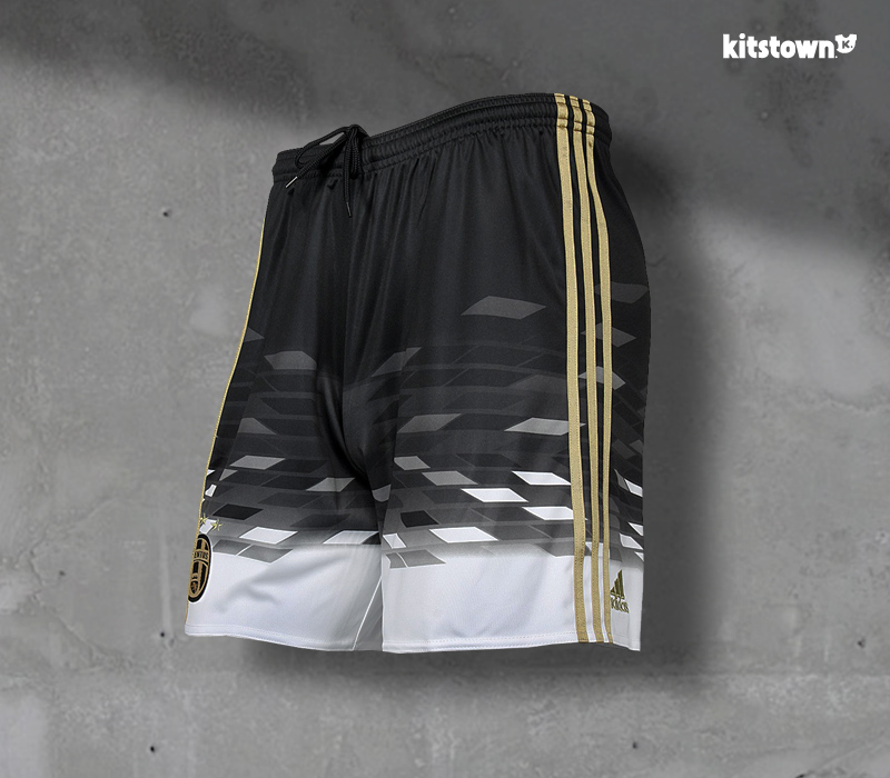 尤文图斯2015-16赛季第二客场球衣 © kitstown.com 球衫堂