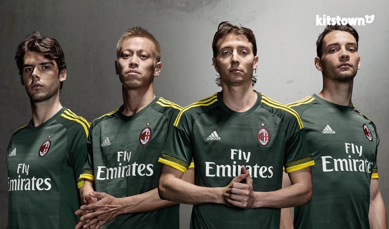 AC米兰2015-16赛季第二客场球衣 © kitstown.com 球衫堂