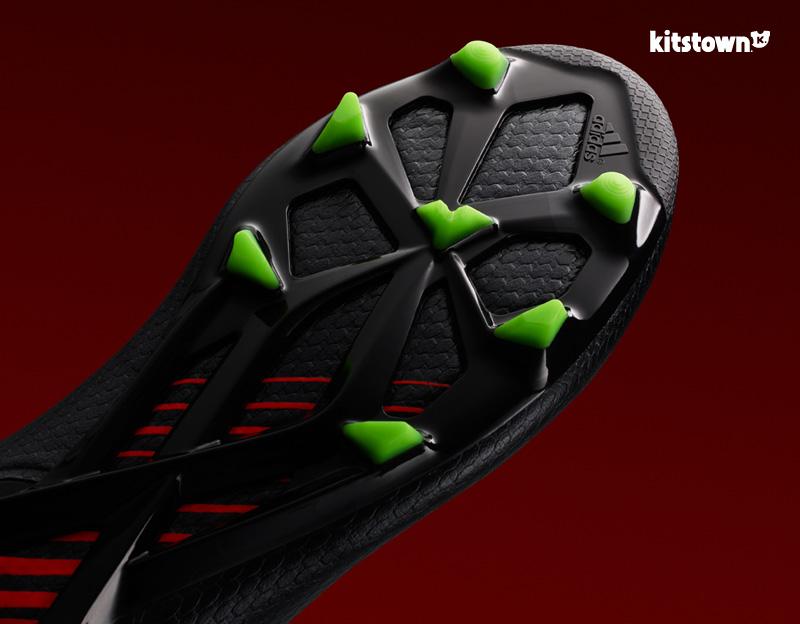 梅西穿上阿迪达斯MESSI15战靴 © kitstown.com 球衫堂