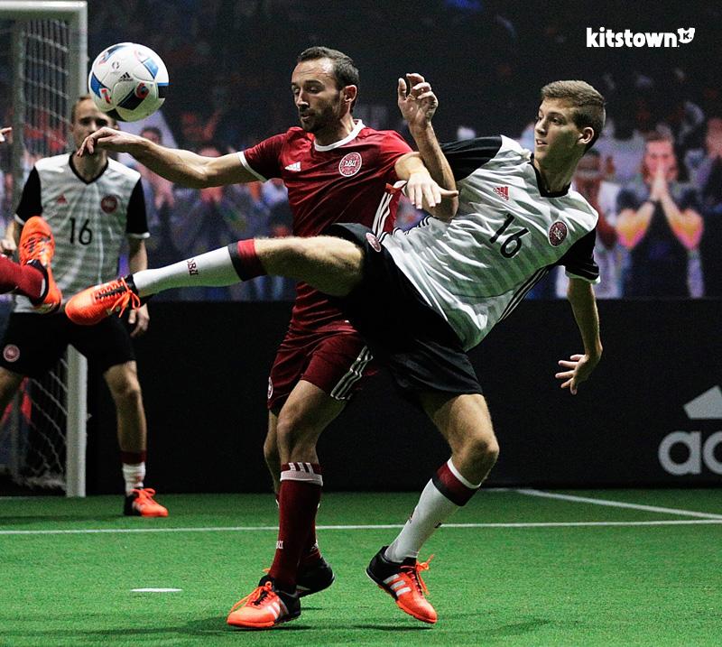 丹麦国家队2016年客场球衣 © kitstown.com 球衫堂