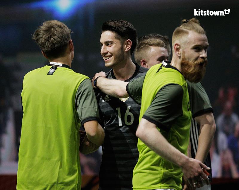 德国国家队2016欧洲杯客场球衣 © kitstown.com 球衫堂