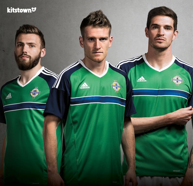 北爱尔兰代表队2016欧洲杯主场球衣 © kitstown.com 球衫堂