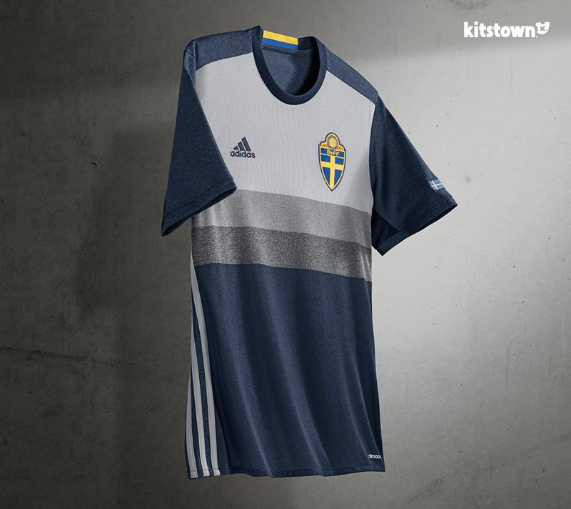 瑞典国家队2016年客场球衣 © kitstown.com 球衫堂