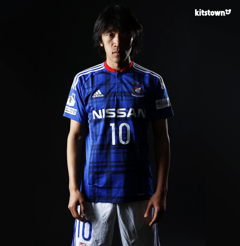 横滨水手2016赛季主客场球衣 © kitstown.com 球衫堂