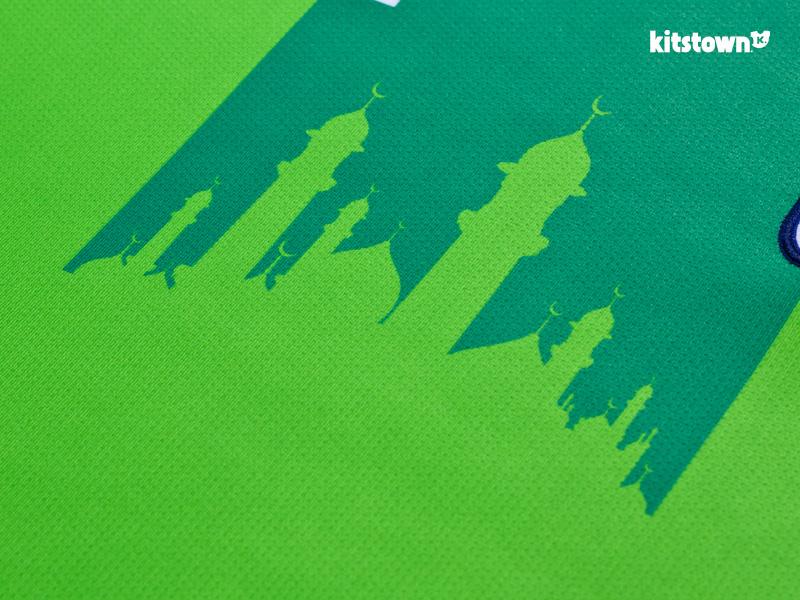新疆天山雪豹2016赛季主客场球衣 © kitstown.com 球衫堂