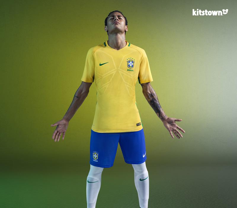 巴西国家队2016赛季主客场球衣 © kitstown.com 球衫堂