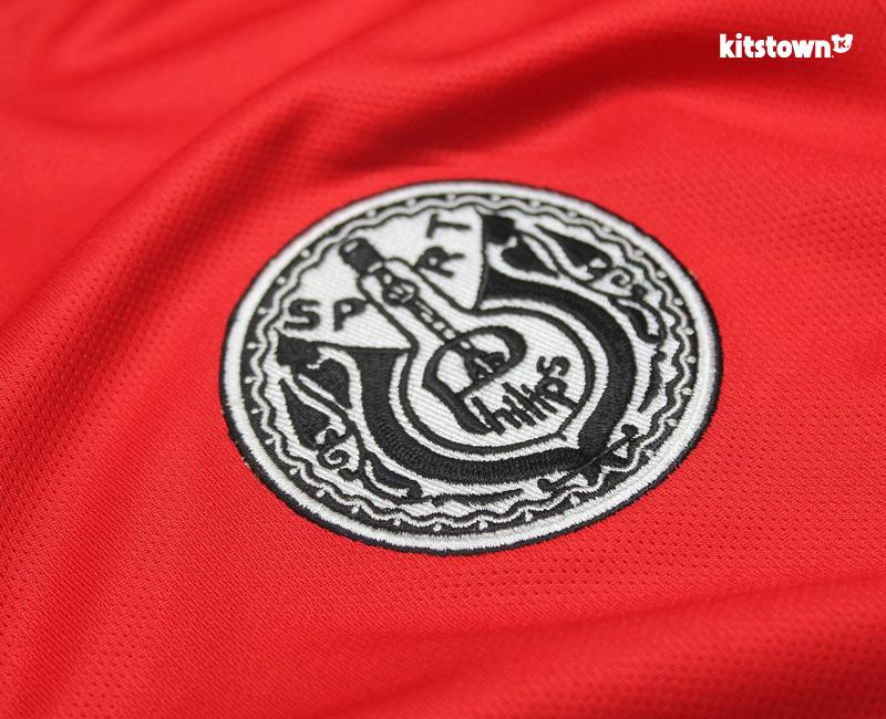 埃因霍温推出PSV-PHILIPS纪念球衣 © kitstown.com 球衫堂