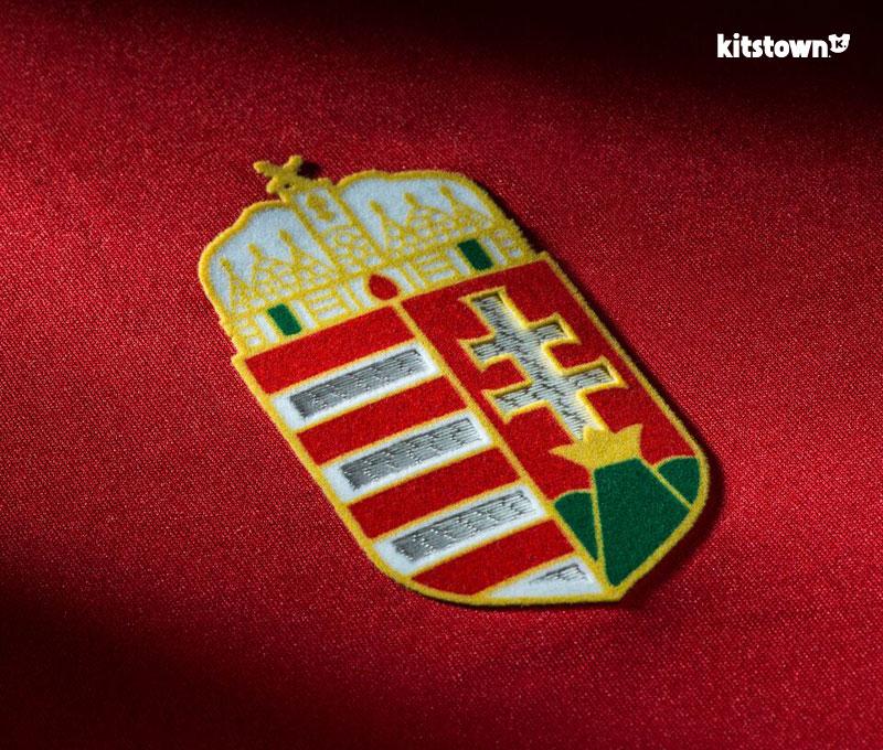 匈牙利国家队2016欧洲杯主客场球衣 © kitstown.com 球衫堂