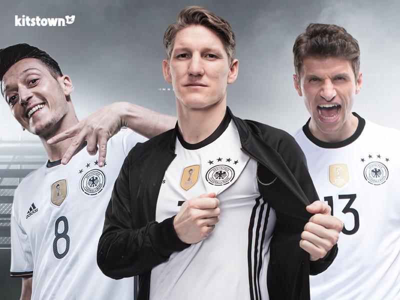阿迪达斯与德国足协延长长期合作伙伴关系 © kitstown.com 球衫堂