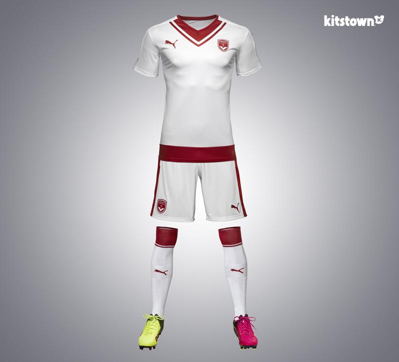波尔多2016-17赛季客场球衣 © kitstown.com 球衫堂