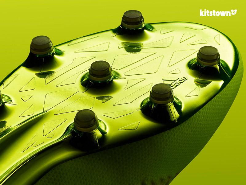 阿迪达斯足球为2016-17赛季推出全新光速系列战靴 © kitstown.com 球衫堂