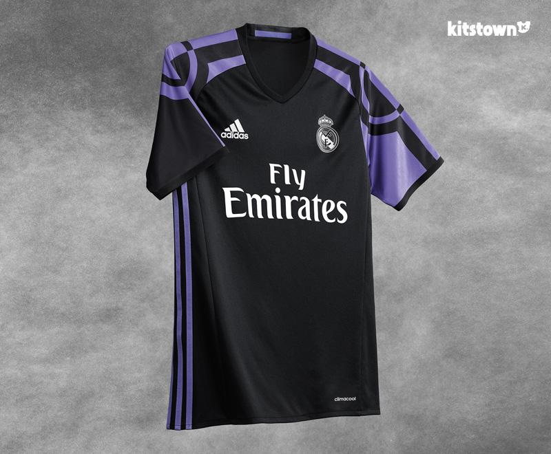 皇家马德里2016-17赛季第二客场球衣 © kitstown.com 球衫堂