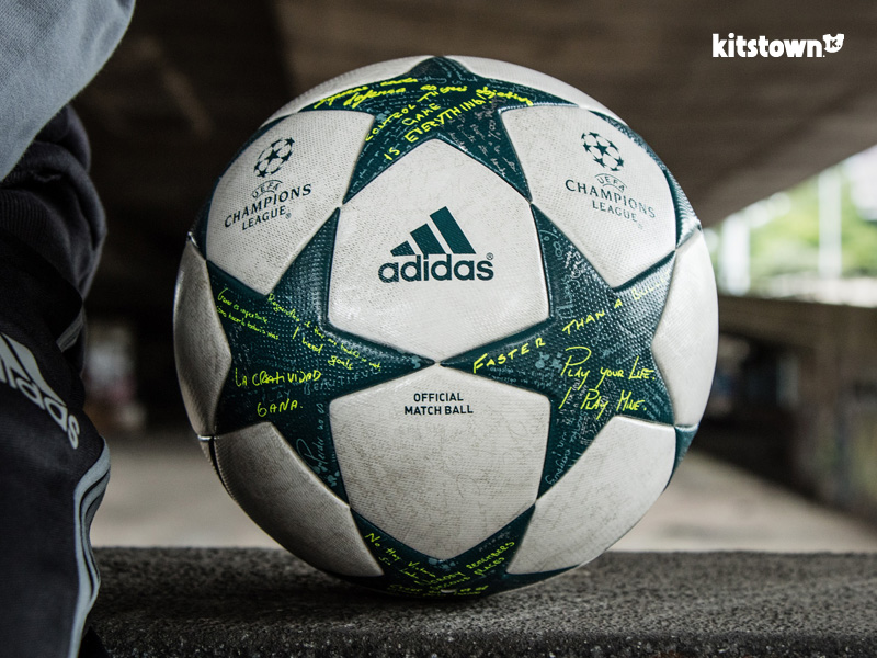 Finale 16—2016-17赛季欧冠联赛小组赛官方比赛用球 © kitstown.com 球衫堂