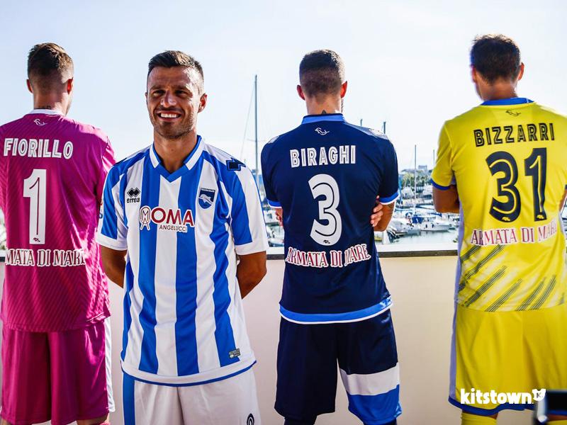 佩斯卡拉2016-17赛季主客场球衣 © kitstown.com 球衫堂