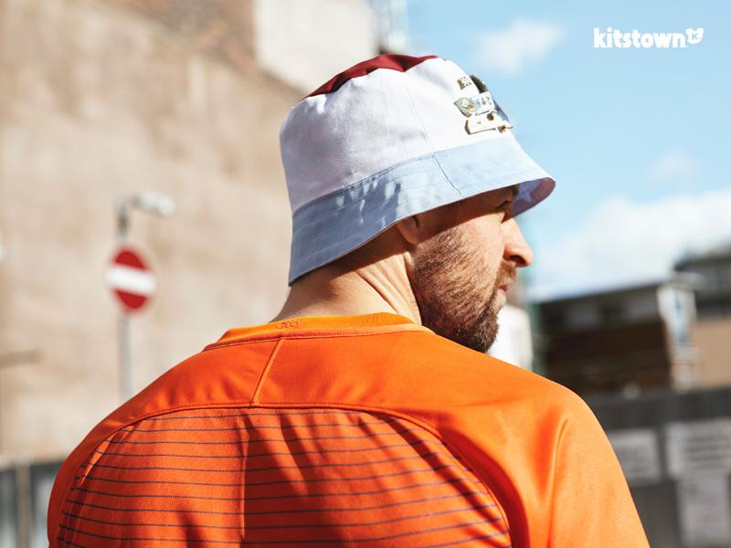 曼彻斯特城2016-17赛季第二客场球衣 © kitstown.com 球衫堂