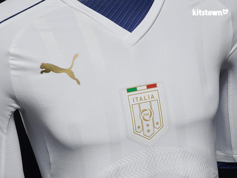 意大利国家队2016-17赛季客场球衣 © kitstown.com 球衫堂