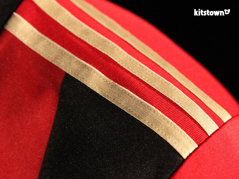 亚特兰大联2017赛季主场球衣 © kitstown.com 球衫堂