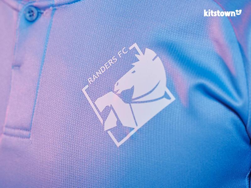 兰讷斯2017-18赛季主场球衣 © kitstown.com 球衫堂