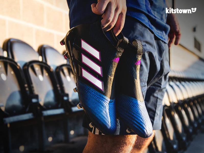 阿迪达斯发布全新Blue Blast系列战靴 © kitstown.com 球衫堂