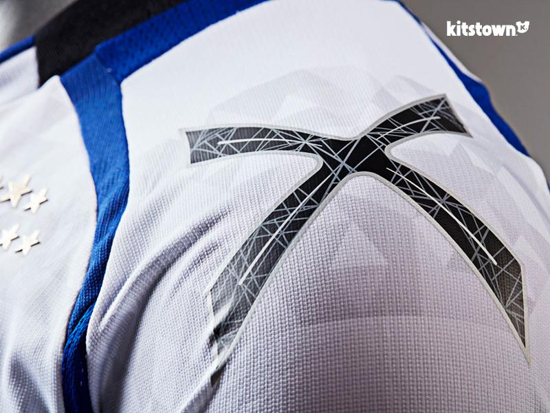 大阪钢巴2017赛季主客场球衣 © kitstown.com 球衫堂