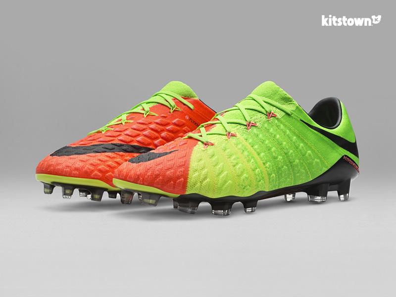 绿茵'终结者'——全新耐克HYPERVENOM 3足球鞋 © kitstown.com 球衫堂
