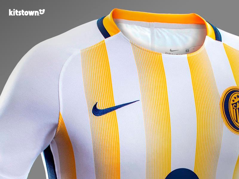 罗萨里奥中央2017赛季主客场球衣 © kitstown.com 球衫堂