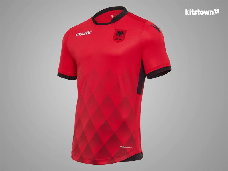 阿尔巴尼亚国家队2017-18赛季主客场球衣 © kitstown.com 球衫堂