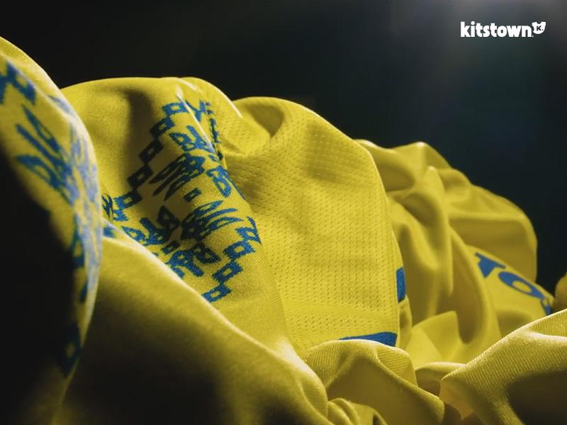 乌克兰国家队2017-18赛季主客场球衣 © kitstown.com 球衫堂