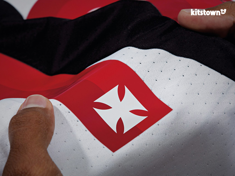 瓦斯科达伽马2017赛季主客场球衣 © kitstown.com 球衫堂