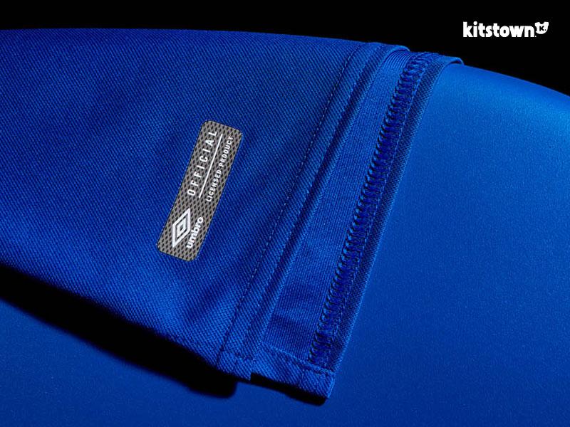 埃弗顿2017-18赛季主场球衣 © kitstown.com 球衫堂