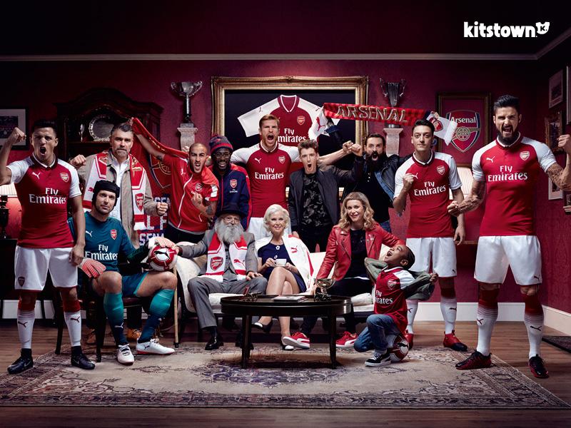 阿森纳2017-18赛季主场球衣 © kitstown.com 球衫堂