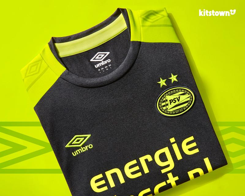 埃因霍温2017-18赛季客场球衣 © kitstown.com 球衫堂