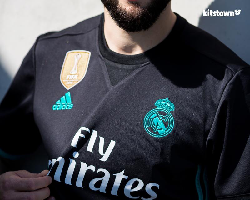 皇家马德里2017-18赛季主客场球衣 © kitstown.com 球衫堂