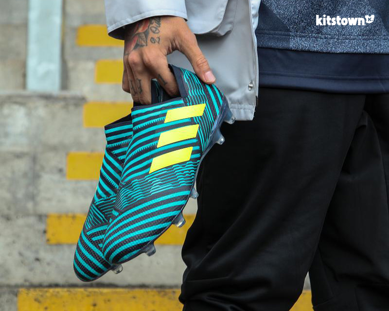 阿迪达斯发布全新海啸系列NEMEZIZ战靴 © kitstown.com 球衫堂