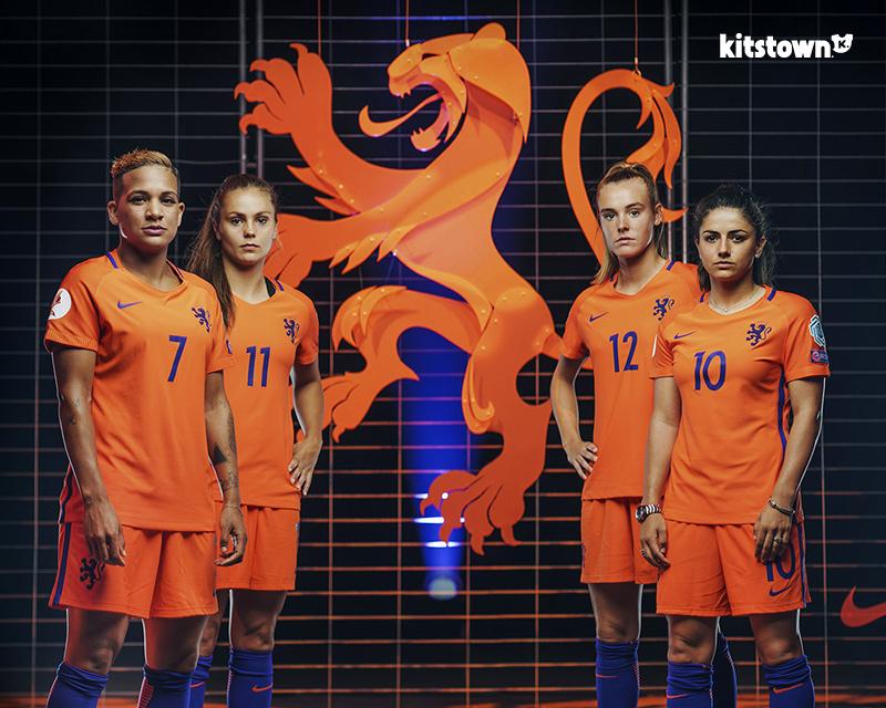 荷兰女足国家队推出全新徽章 © kitstown.com 球衫堂