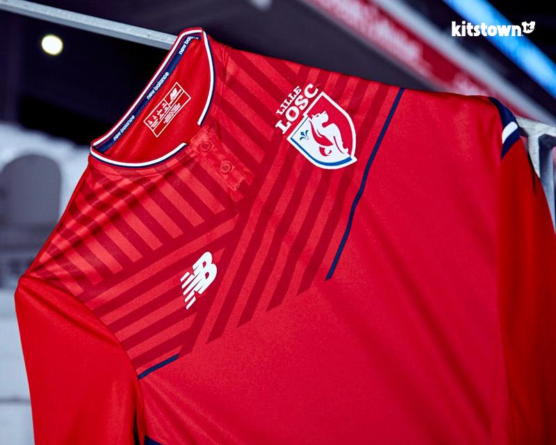 里尔2017-18赛季主客场球衣 © kitstown.com 球衫堂